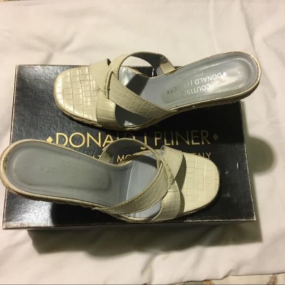 Donald J. Pliner Shoes - Donald J. Pliner Dorval Ivory Kogi Size 9-1/2M
